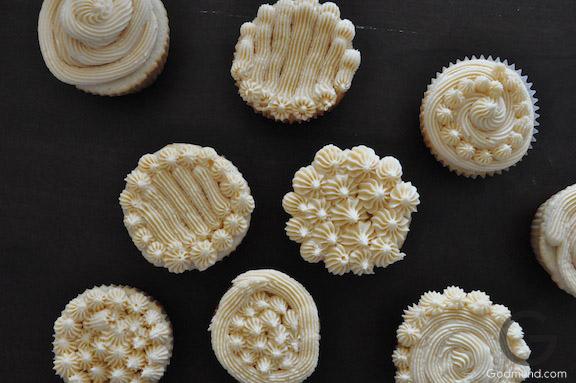 Snowing cupcakes