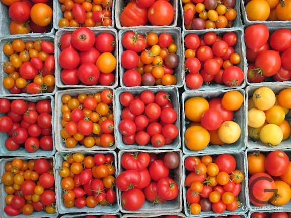 Heirloom Tomatoes at the 8th St. Farmers Market